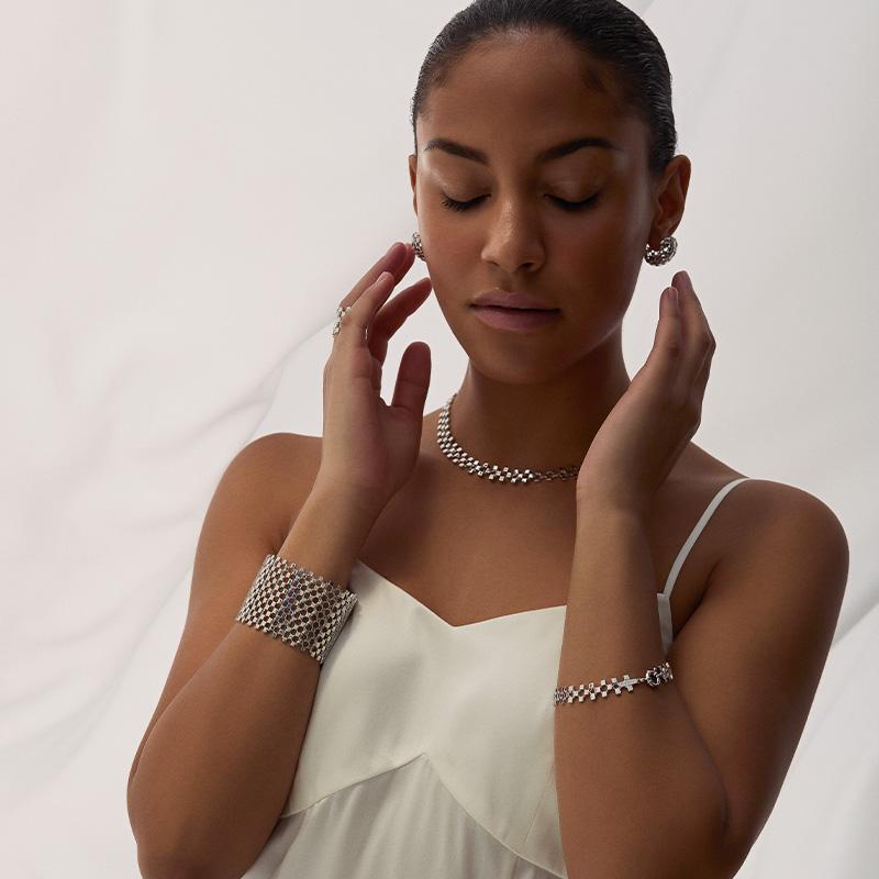 a black woman with pianegonda jewels